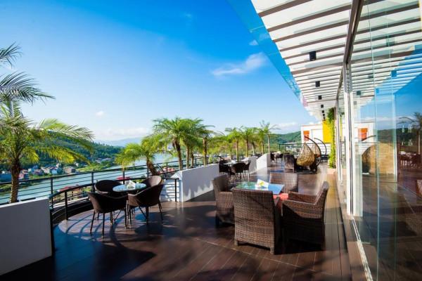 Free & Easy nghỉ dưỡng ở Hạ Long tại khách sạn Royal Lotus 4 sao