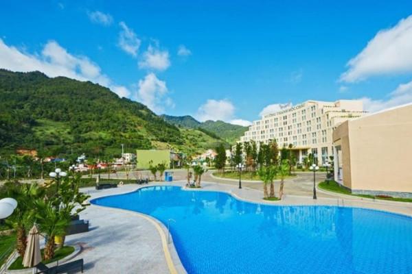 Free & Easy Kỳ nghỉ tại Khách sạn Mường Thanh Luxury 5 sao Mộc Châu 2 ngày 1 đêm
