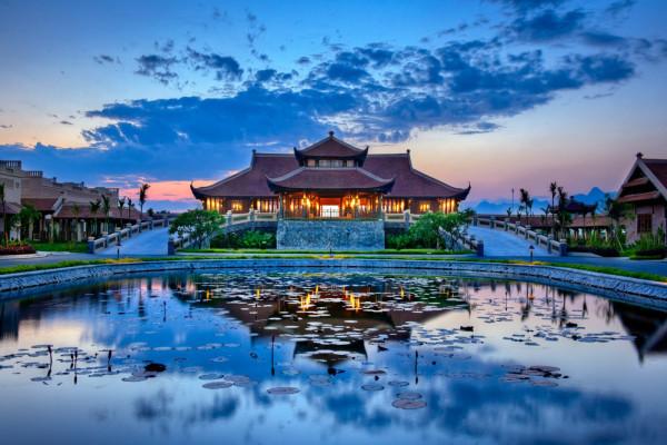 Free and Easy- Kỳ nghỉ 5 sao tại Emeralda Resort Ninh Bình  - Trải nghiệm không gian tinh hoa Bắc Bộ