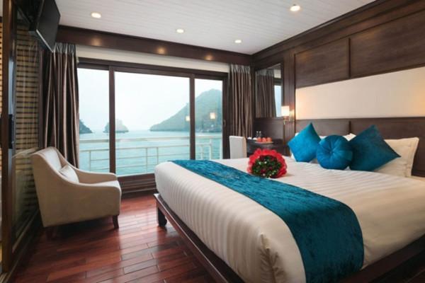 Combo kỳ nghỉ Hạ Long trên du thuyền Alisa Cruise 5 sao 2 ngày 1 đêm