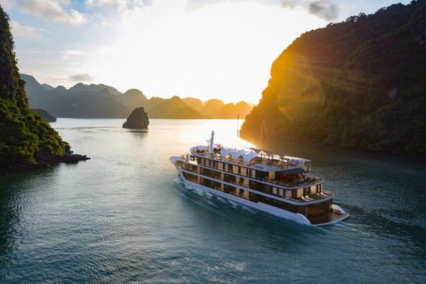 Combo kỳ nghỉ Vịnh Hạ Long tại Du thuyền Aspira Cruises 5 sao 2 ngày 1 đêm
