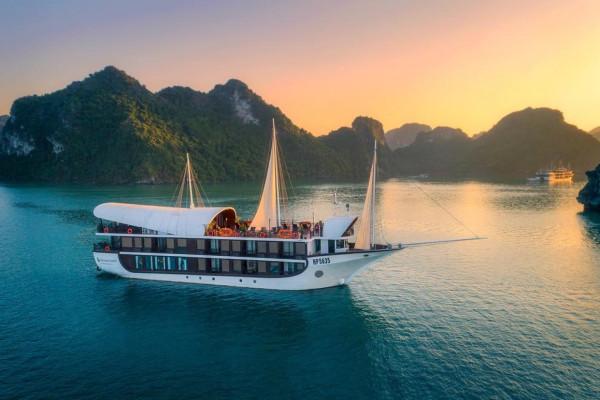 Combo kỳ nghỉ Vịnh Lan Hạ tại du thuyền Sena Cruise 5 sao 2 ngày 1 đêm
