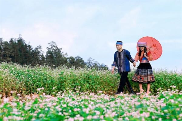 """Du lịch Hà Giang tháng 10 - mùa tam giác mạch níu chân """"kẻ lữ hành"""""""