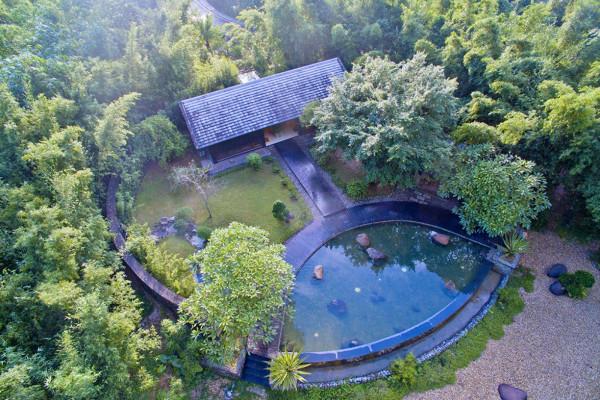 """Serena Kim Bôi Hòa Bình, """"diễn viên"""" mới nổi trong làng Resort"""