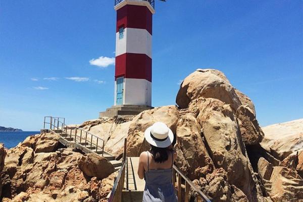 Hải đăng Gành Đèn – một trong năm ngọn hải đăng đẹp nhất Việt Nam