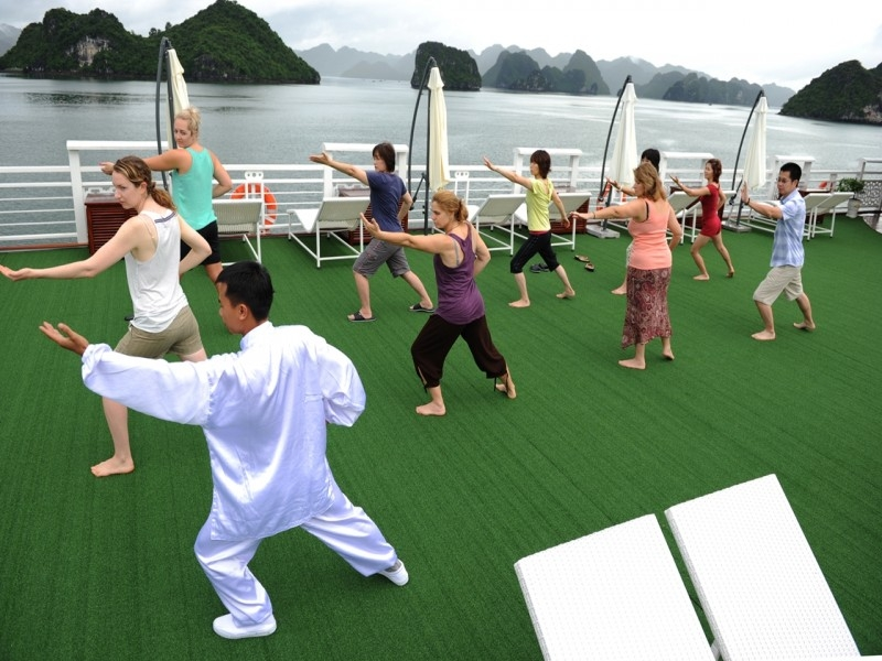 Tai Chi on Alisa Cruise
