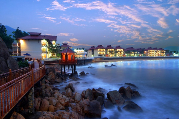 Royal-hotel-and-healthcare-resort-Quy-Nhon